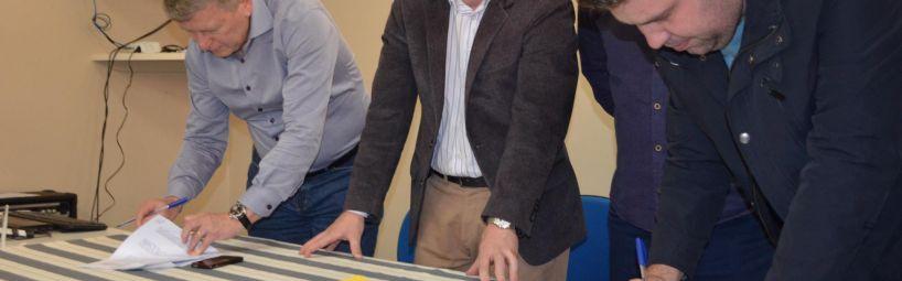 Legislativo participa de assinatura de convênio para a Ponte da Barragem Oeste