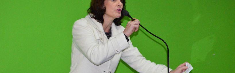 Vereadora quer esclarecimentos sobre licitações