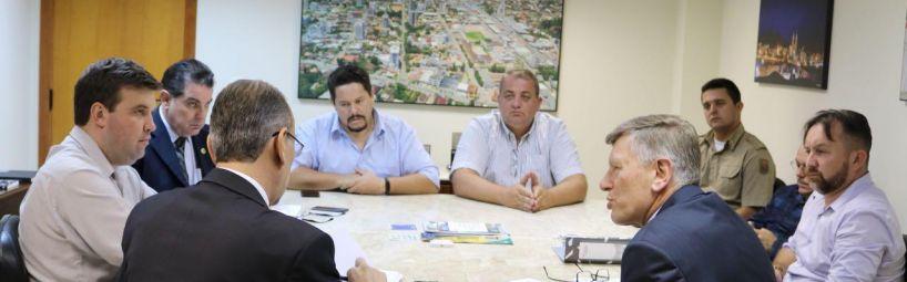 Vereadores se reúnem com secretário de Estado de Segurança Pública